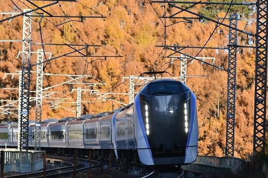2020年11月15日撮影 立場川鉄橋にて 6M E353系「あずさ6号」 その2