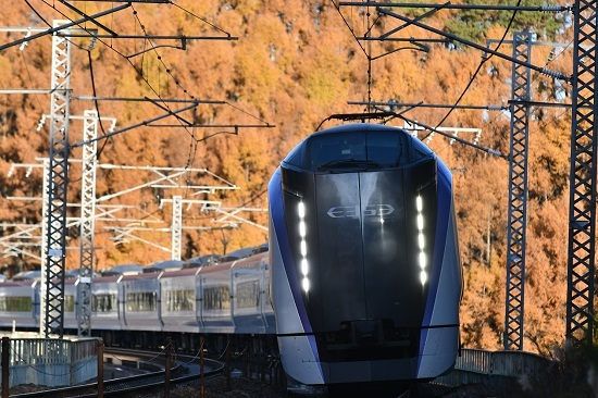 2020年11月15日撮影 立場川鉄橋にて 6M E353系「あずさ6号」 その3