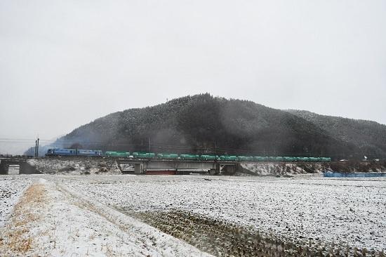 2021年3月13日撮影 東線貨物2080レ EH200-6号機 緑タキ13両