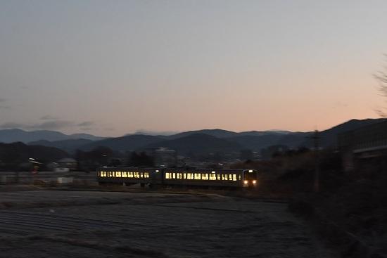 2020年12月13日撮影 飯田線202M 213系を流して 2