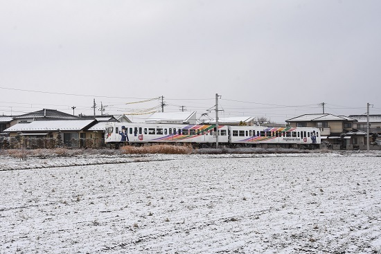 2020年12月19日撮影 アルピコ交通 雪景色の中を行く3000系 なぎさTRAIN