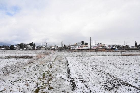 2020年12月19日撮影 アルピコ交通 雪景色の中を行く3000系 なぎさTRAINをワイドにて