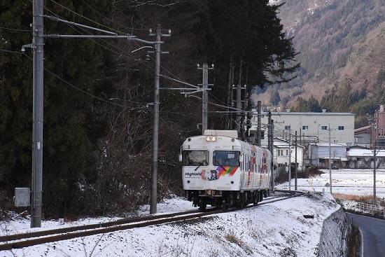2020年12月20日撮影 アルピコ交通 新島々-渕道 3000系 雪景色の中