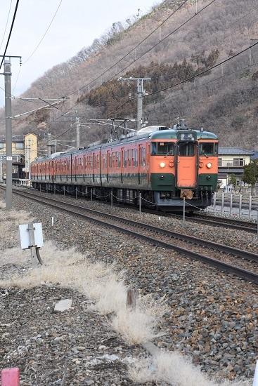 2021年3月7日撮影 しなの鉄道 1628M 115系湘南色5両編成 千曲駅