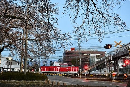 2021年4月10日撮影 南松本にて HD300-17号機 オイルターミナルからの戻り