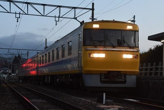 2021年3月18日撮影 飯田線はキヤ95 DR1編成 羽場駅 ローアングル