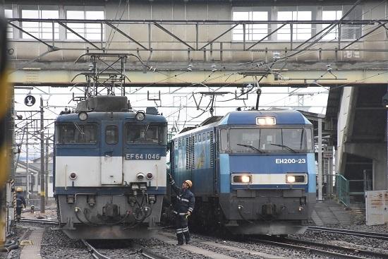 2020年12月30日撮影 南松本にて西線貨物8084レ機回し 無線機の返却