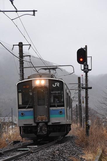 2021年3月21日撮影 辰野線は156M E127系 小野駅の信号と