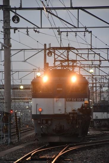 2021年4月3日撮影 南松本にて 篠ノ井線8087レ EF64-1017号機のUP