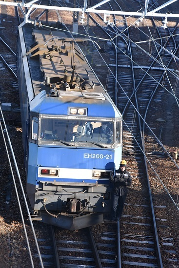 2021年1月4日撮影 南松本にて東線貨物208レ EH200-21号機 機回し