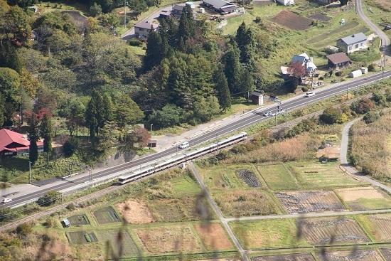 2020年10月25日撮影 大糸線は木崎湖俯瞰 8031M 383系「WVしなの81号」