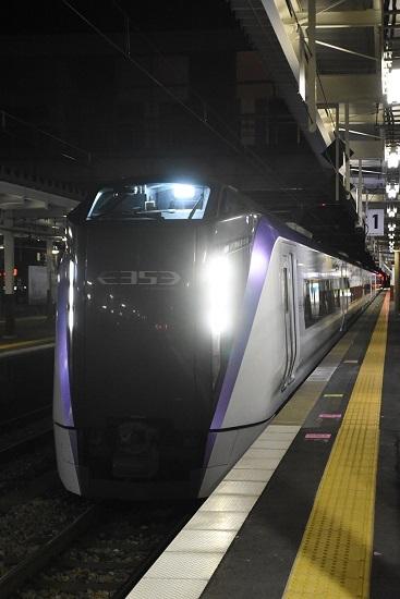 2021年1月9日撮影 岡谷駅にて 回9476M E353系「あずさ87号」送り込み回送 先頭