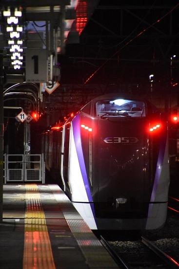 2021年1月9日撮影 岡谷駅にて 回9476M E353系「あずさ87号」送り込み回送 発車 後撃ち