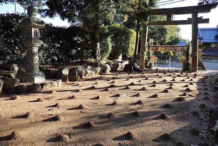 佐紀神社(西畑) 砂モチ1
