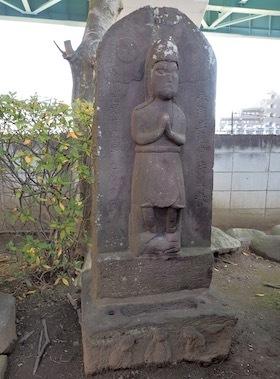 7鵜森稲荷神社1703(2臂青面金剛)
