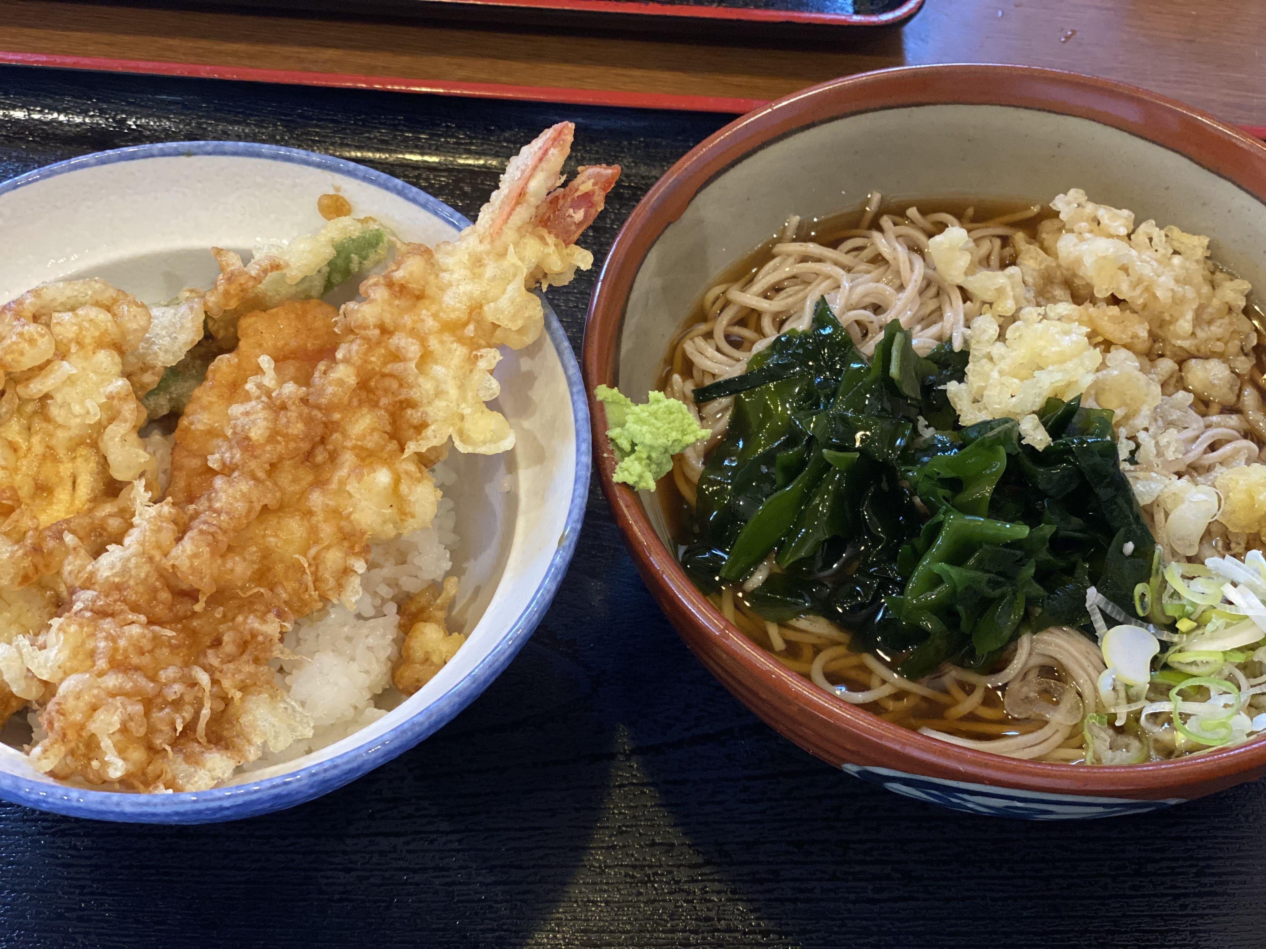 久しぶりの晴天‼お蕎麦を食べに行きました:)