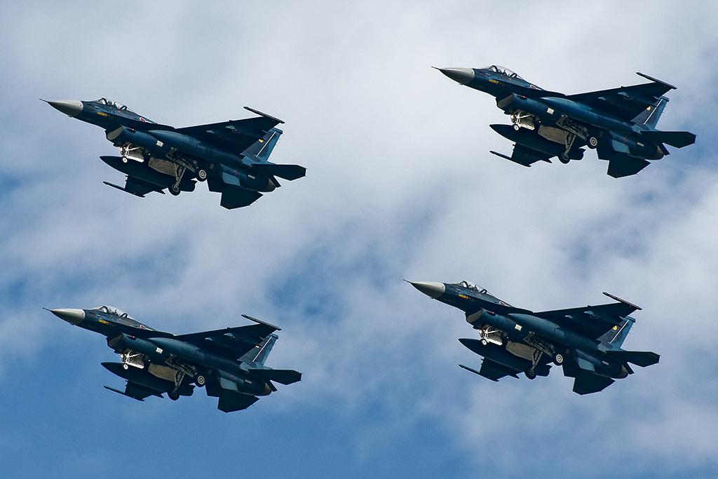 第6飛行隊 F-2A マスフライト