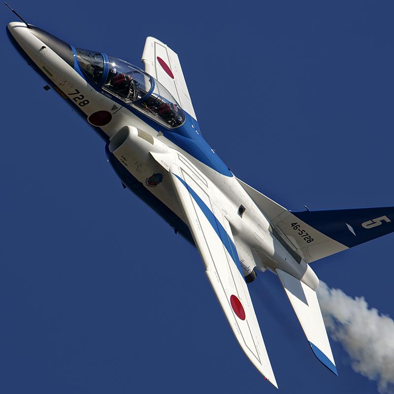 T-4 ブルーインパルス 360°&ループ