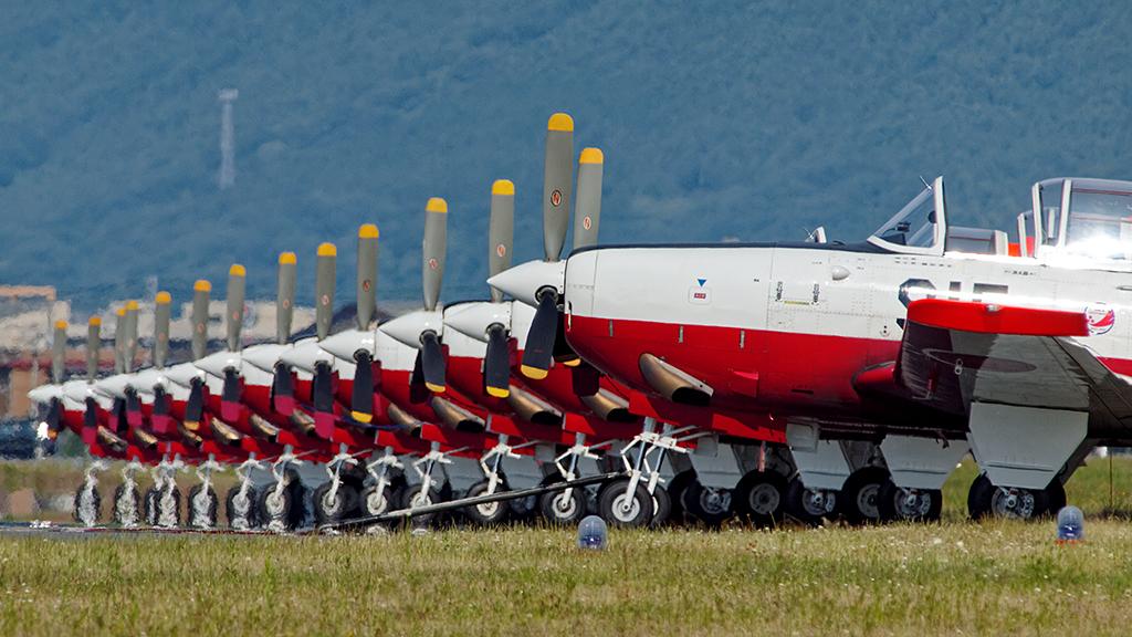 第12飛行教育団 T-7