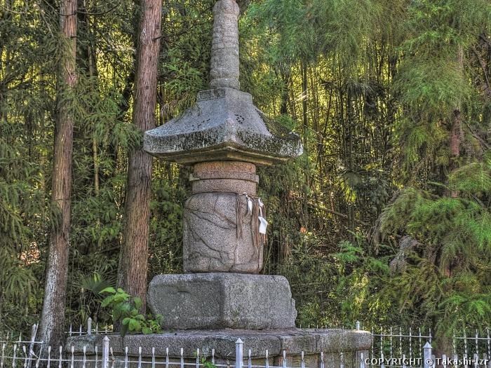 五流尊滝院宝塔