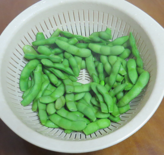 エダマメの茹で豆