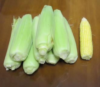 スー糸コーン収穫物