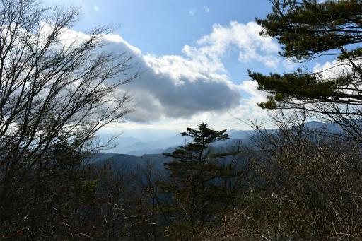 20201204・三頭山5-02・富士山は見えない