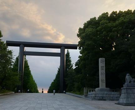 yasukunijinnjya.jpg