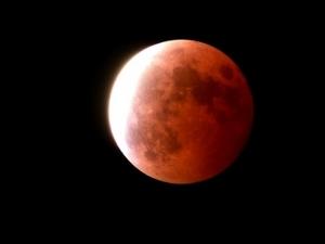 210525皆既月食
