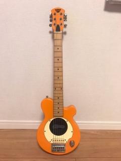 小さいギター_01