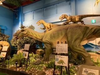 恐竜レストラン_06