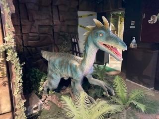 恐竜レストラン_03