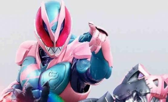 【朗報】新しい仮面ライダーがヤバいwwwwwwwまた他のライダーフォームになれるやつ