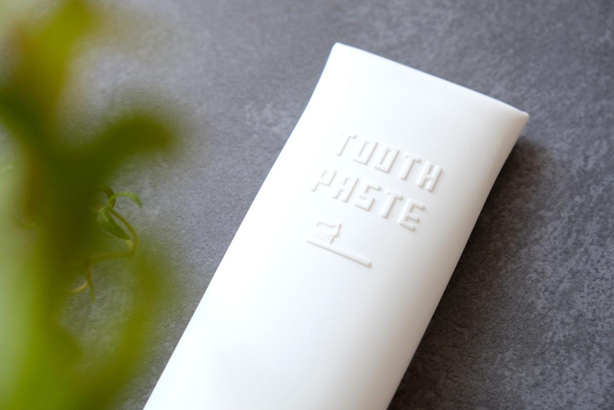 セリア・シリコン製歯磨き粉カバー③