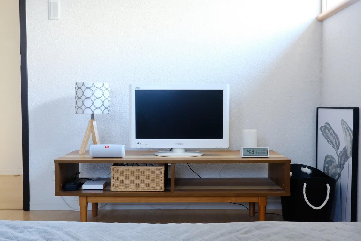 ミナペルホネン・タンバリン・テーブルライト・寝室・テレビボード①